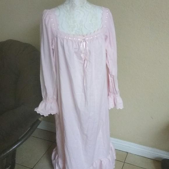 Victoria\'s Secret Intimates & Sleepwear | Victorias Secret Pink ...